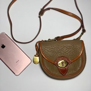 Dooney & Bourke crossbody/belt bag